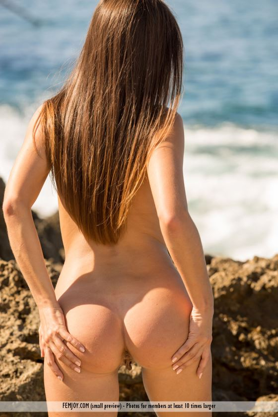 beach ass spread