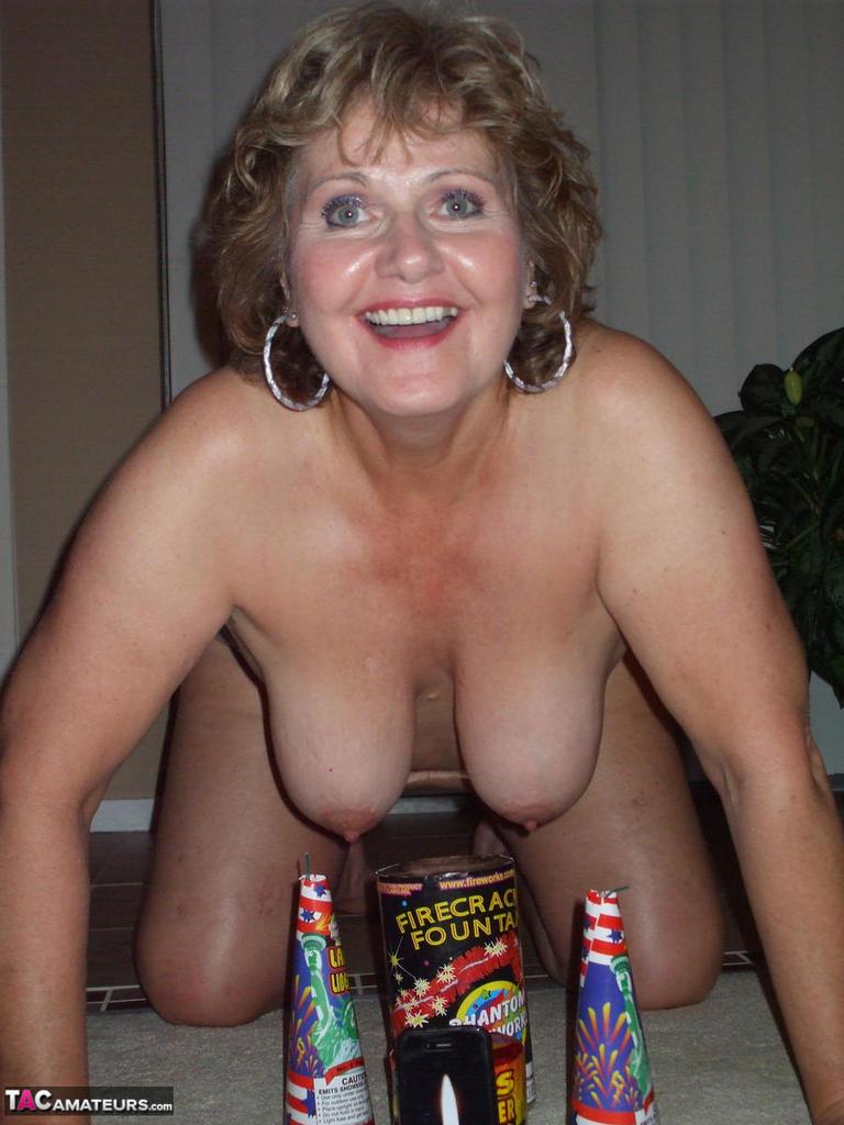 mature wifey tits