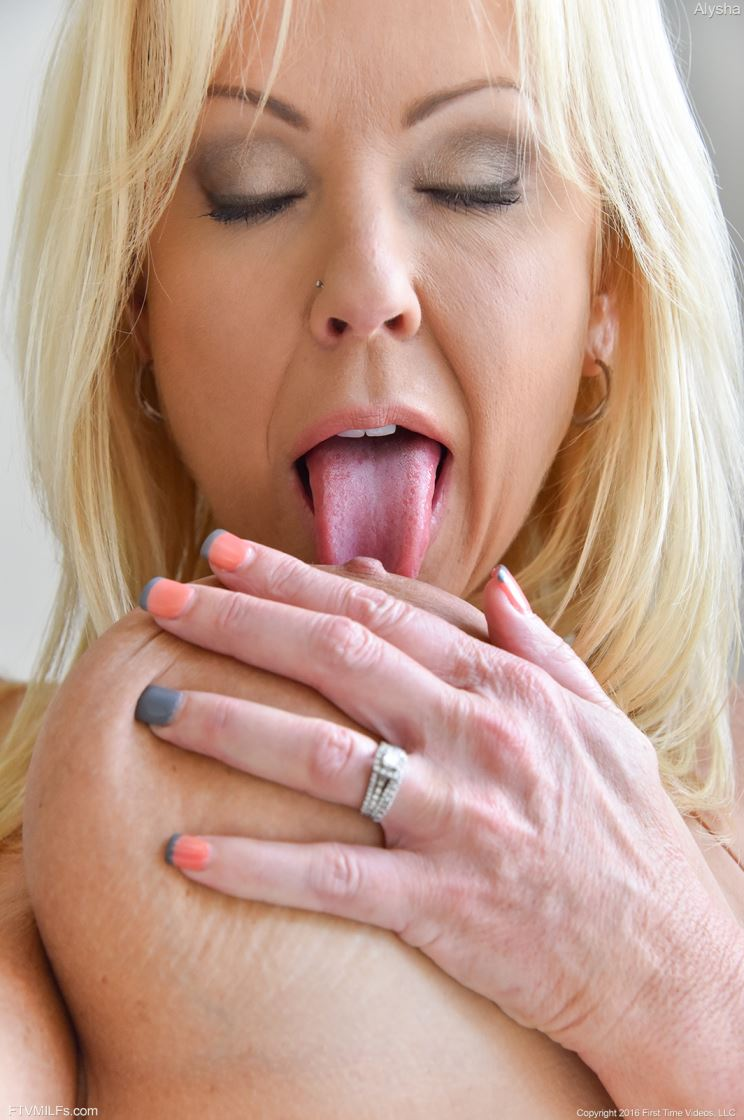 self licking